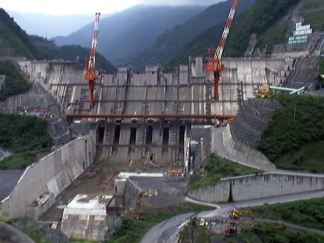 建設中の長島ダム(大井川)