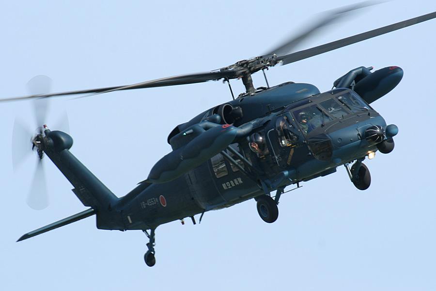 帰投するUH-60J@静浜基地航空祭2007