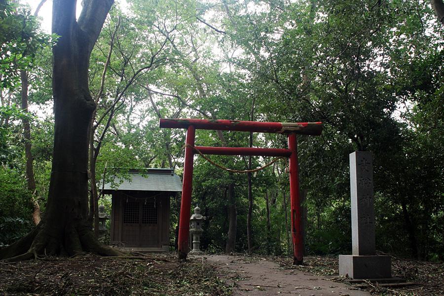 柿田川湧水地の貴船神社