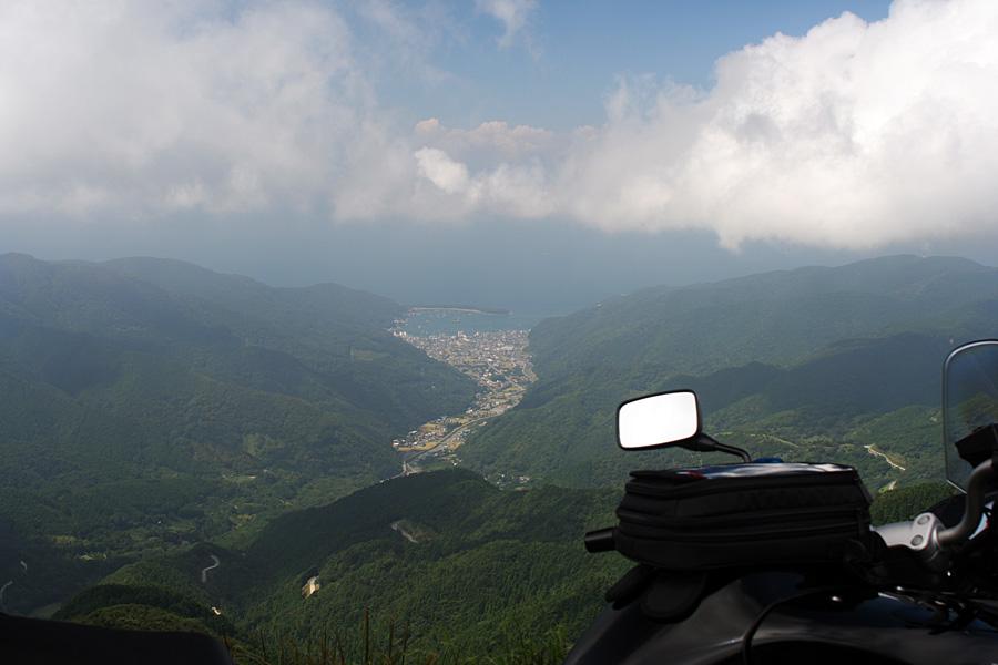 達磨山近くから見る戸田村
