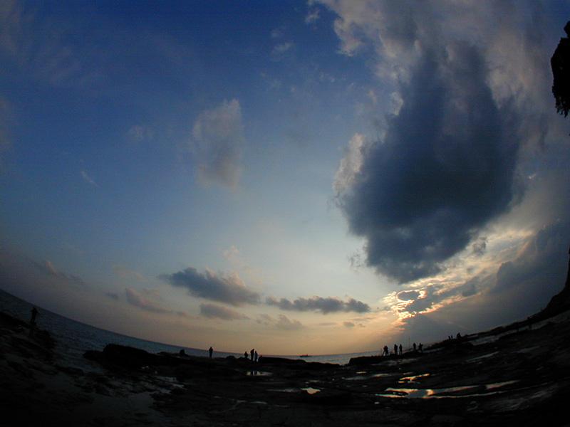 相模湾に沈む夕陽