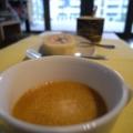 [food]ロールケーキとコーヒー