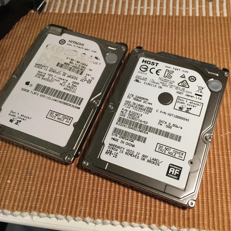 MacMini分解、HDDは日立製
