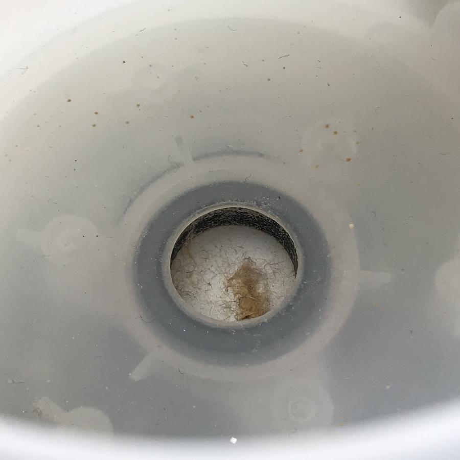 アロマデフューザー、加熱部の汚れ
