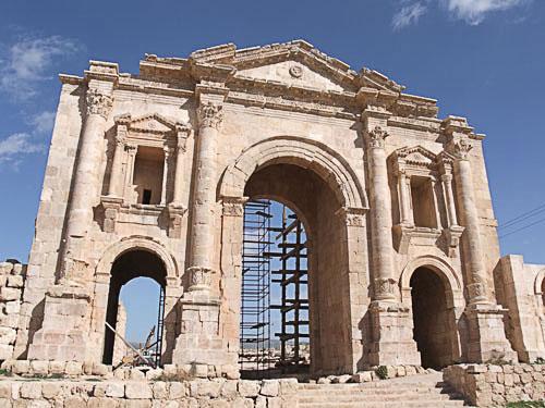 ハドリアヌスの凱旋門