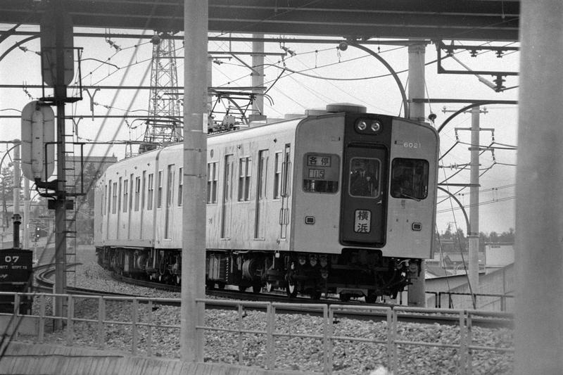 https://cdn-ak.f.st-hatena.com/images/fotolife/r/railway-photo/20190805/20190805052757.jpg