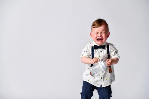 これが噂のイヤイヤ期?癇癪(かんしゃく)を起こす子供にはどう接したらいいの?