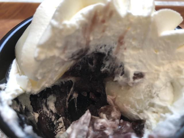 大きな白玉クリームぜんざい