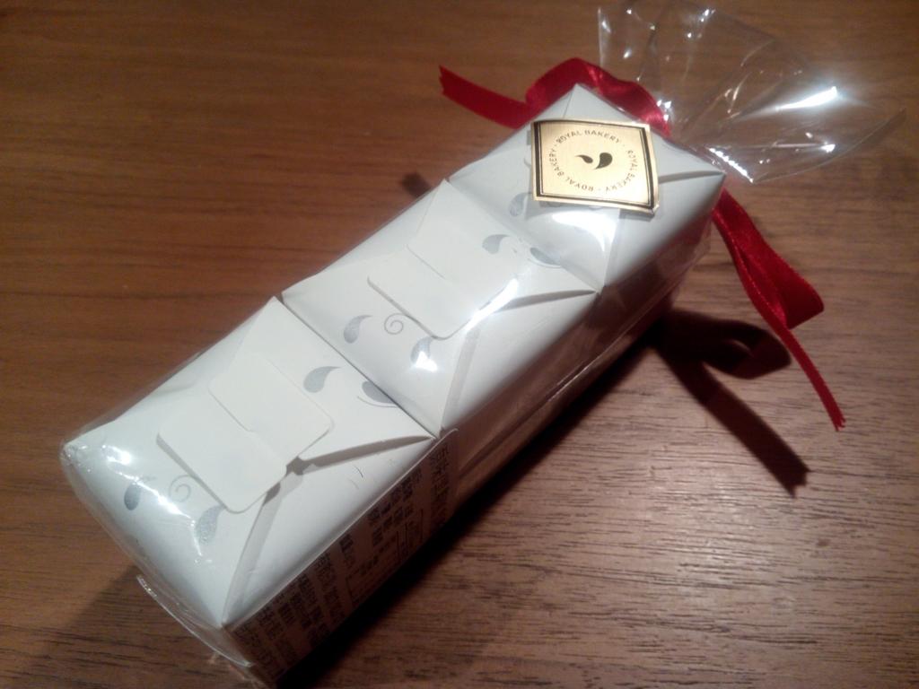 パイナップルケーキ_ホテルニッコー_パッケージ小包装