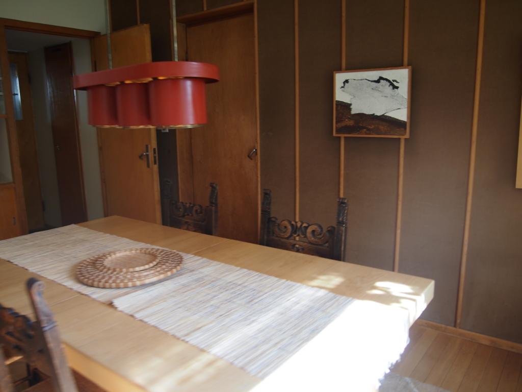フィンランド-ヘルシンキ-アアルトの家_食卓