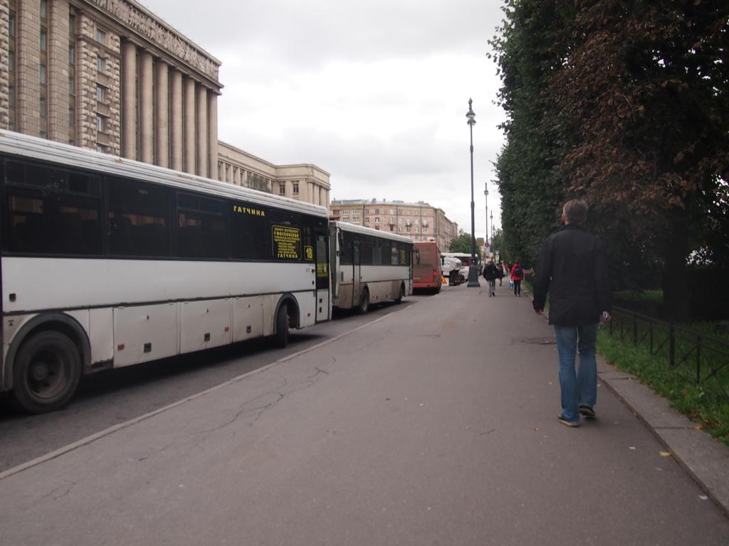 サンクトペテルブルグ-バス乗り場