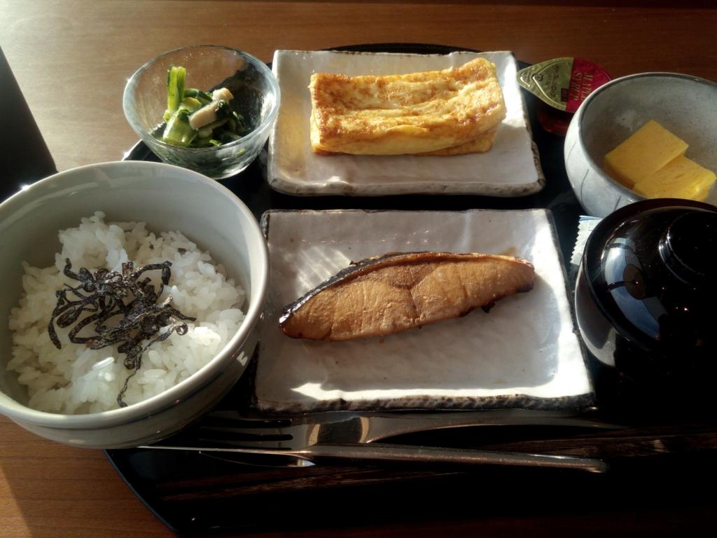 羽田-キャセイ-ラウンジ-和朝食