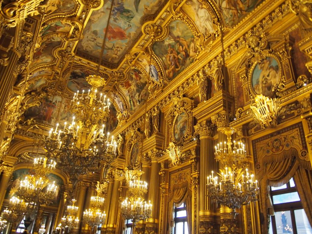パリ-オペラ座-ホワイエ