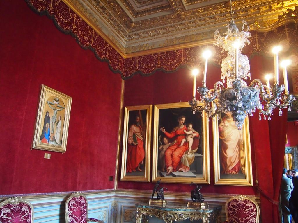 ローマの休日-コロンナギャラリー-マルティヌス5世神格化の間
