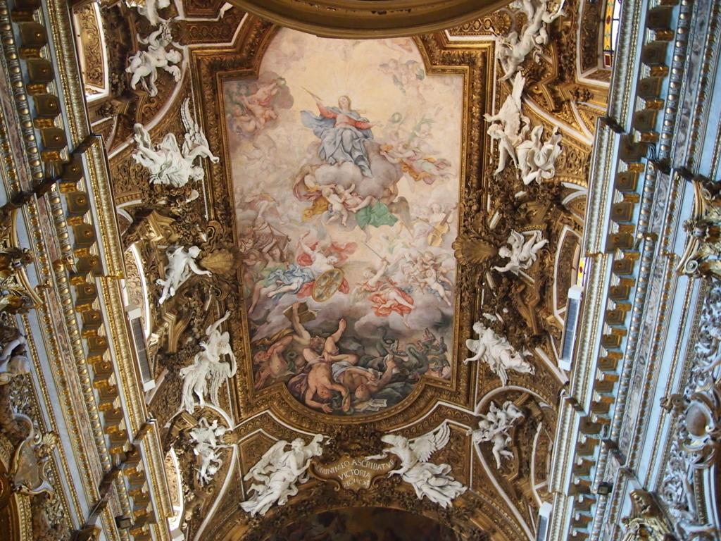 ローマ-サンタマリアデラヴィットリア教会-天井画
