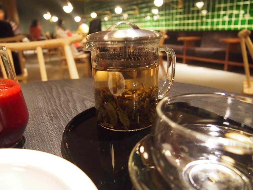 キャセイ-香港-ピアラウンジ-ティハウス-お菓子-お茶