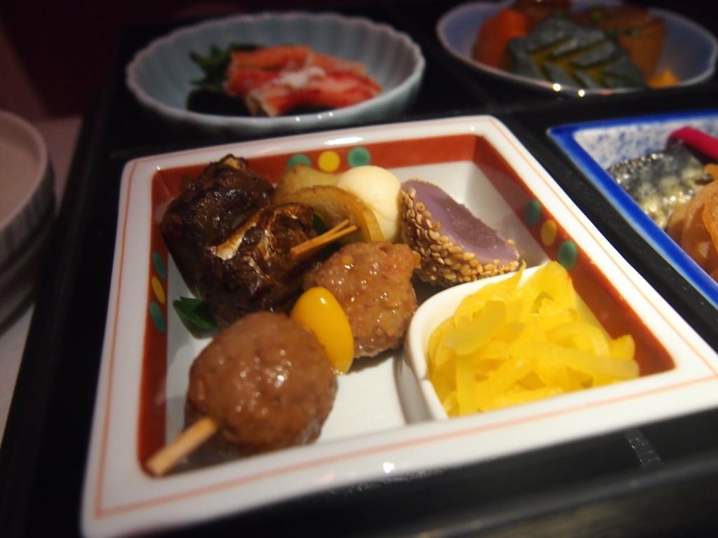 海南航空-ビジネスクラス-近距離-機内食-前菜