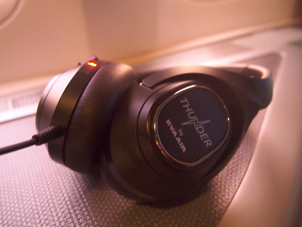 エバー航空-ビジネスクラス-ヘッドフォン