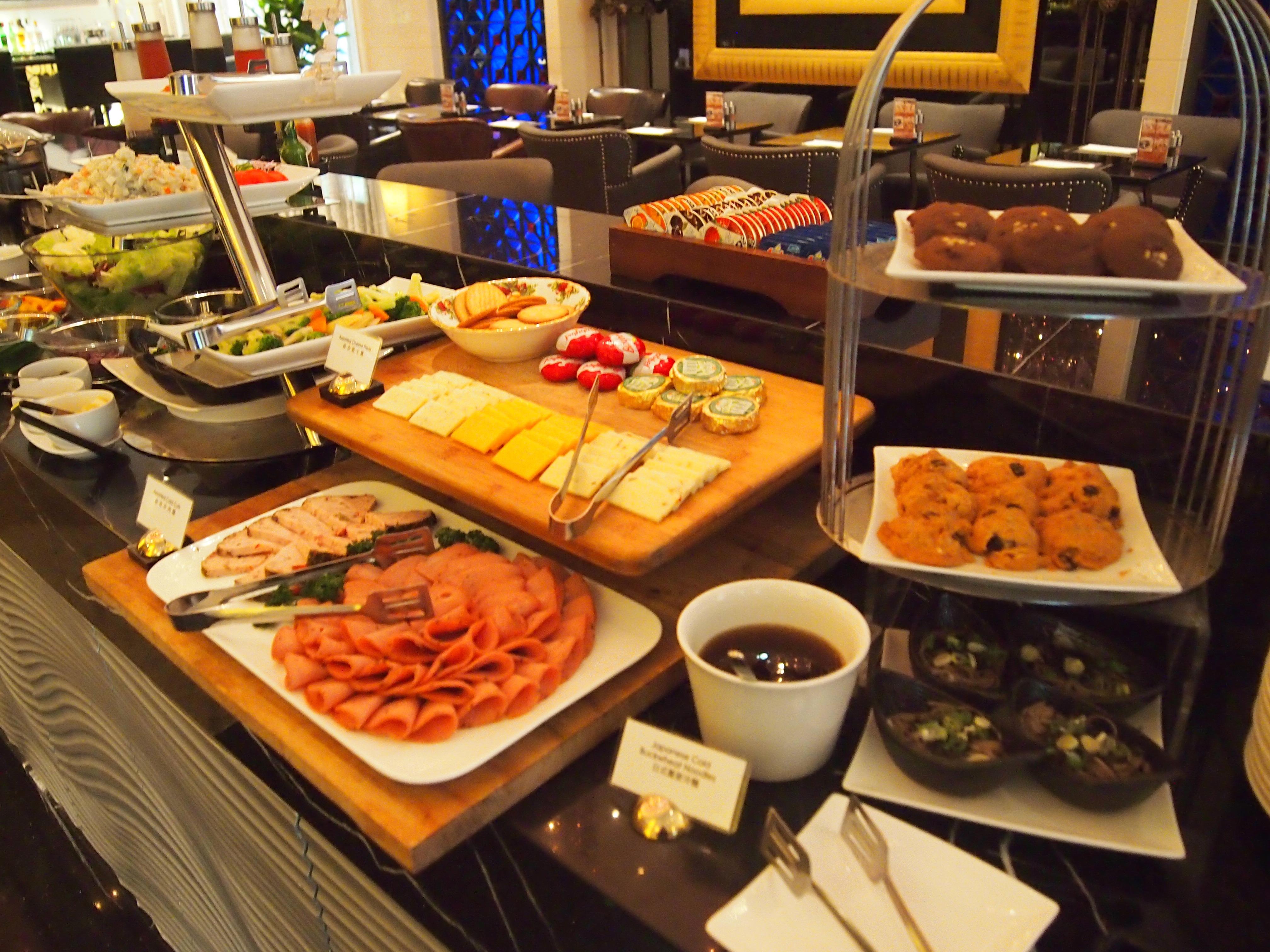 台北-Hotel Eclat-朝食-チーズ