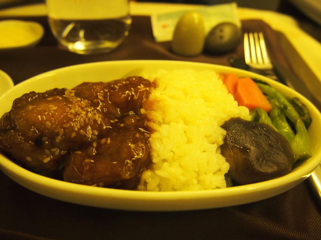 エバー航空-ビジネスクラス-機内食-メイン