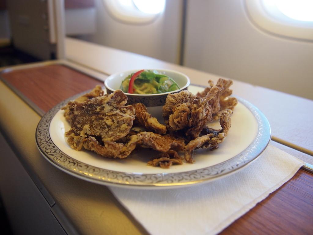 タイ国際航空-バンコク-羽田-ファースト-機内食