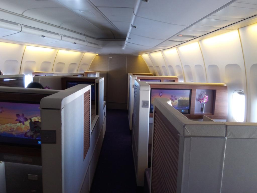 タイ国際航空-ファーストクラス-座席