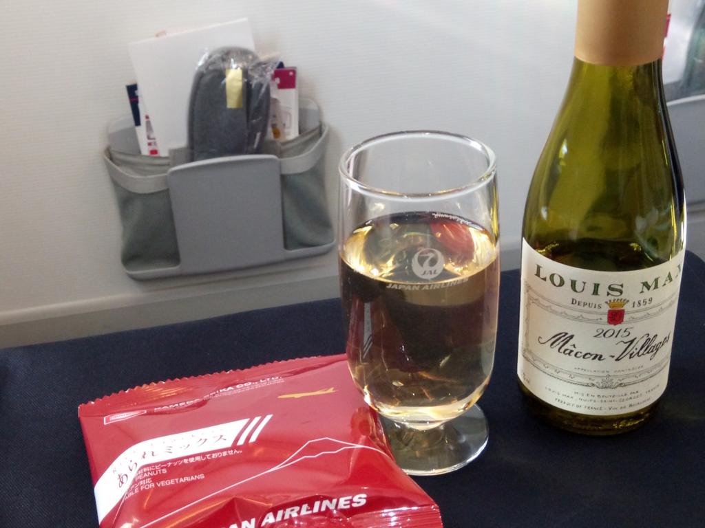 JAL-ビジネスクラス-機内食-ワイン