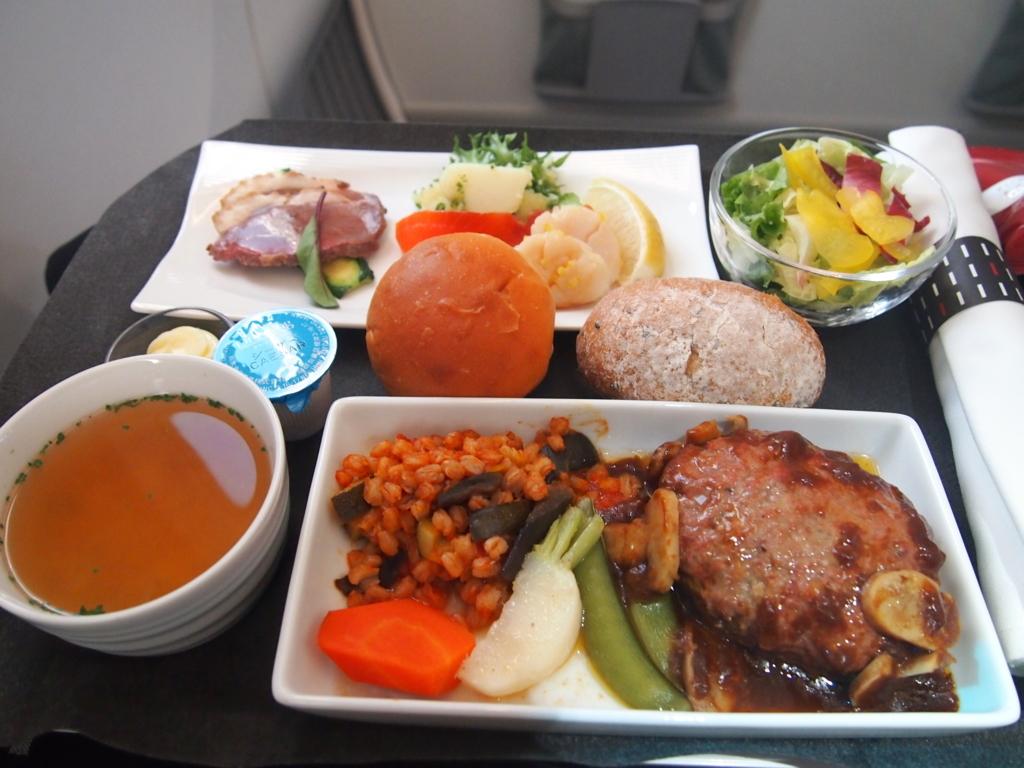 JAL-ビジネスクラス-機内食-上海-洋食
