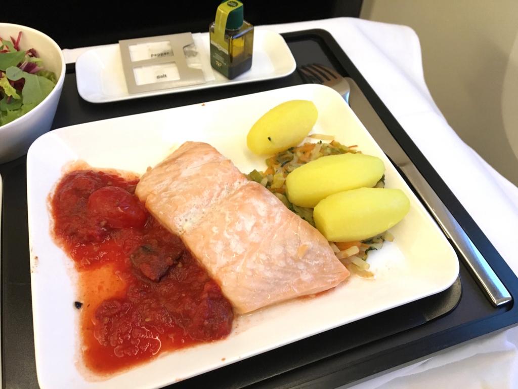 スイス航空-ビジネスクラス-機内食-メイン