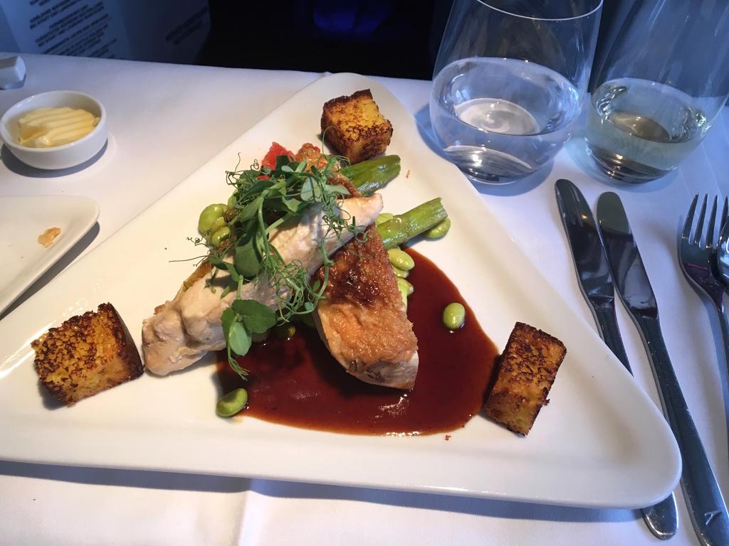オーストリア航空-ビジネスクラス-機内食-メイン