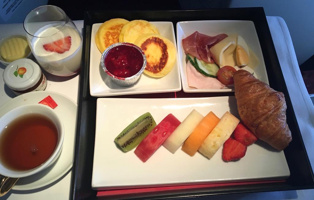 オーストリア航空-ビジネスクラス-機内食-朝食