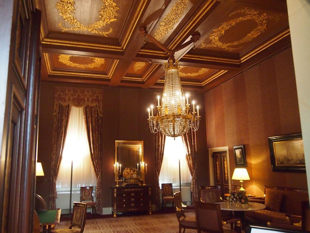 アムステルダム-王宮-部屋