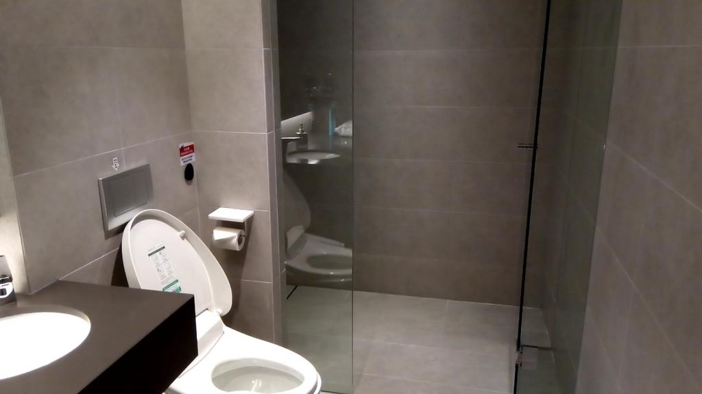 大韓航空KAL lounge-シャワールーム