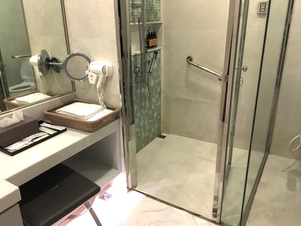 エバー航空-バンコク-シャワールーム