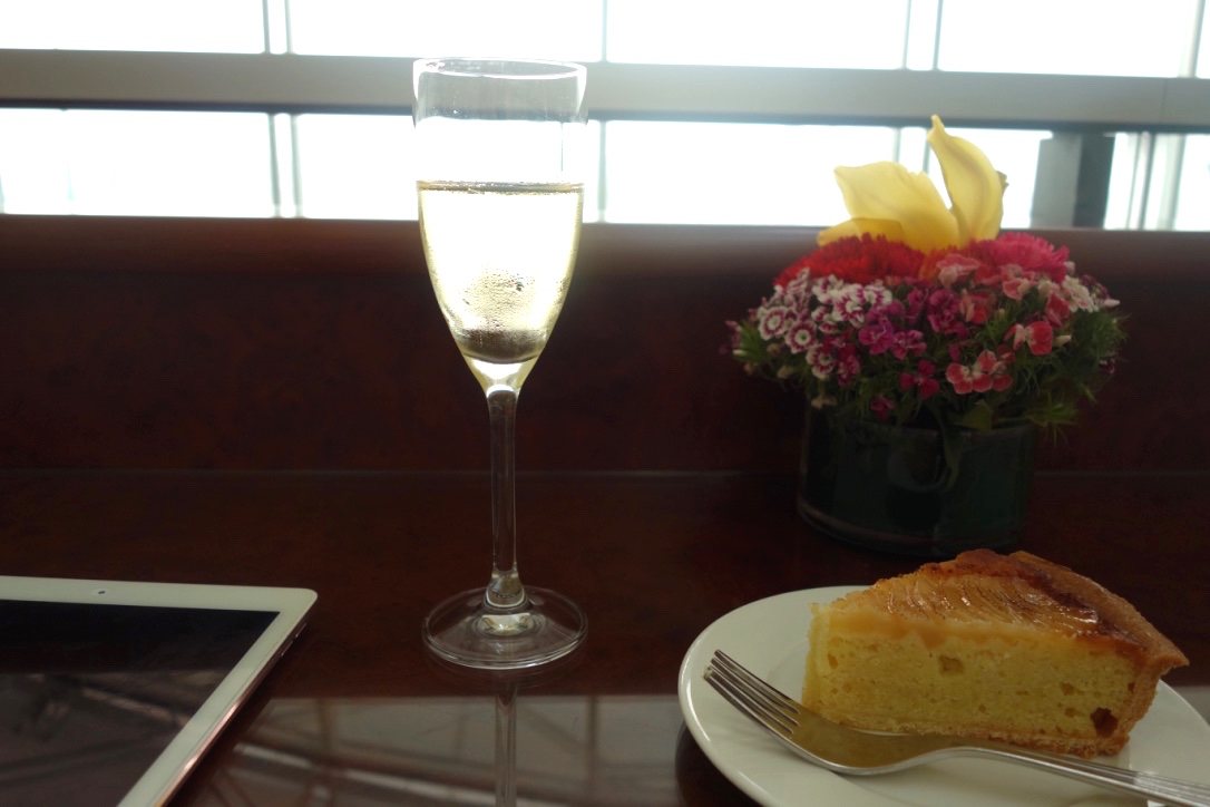 香港空港-エミレーツラウンジ-デザート