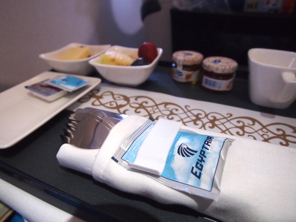エジプト航空-ビジネスクラス-機内食