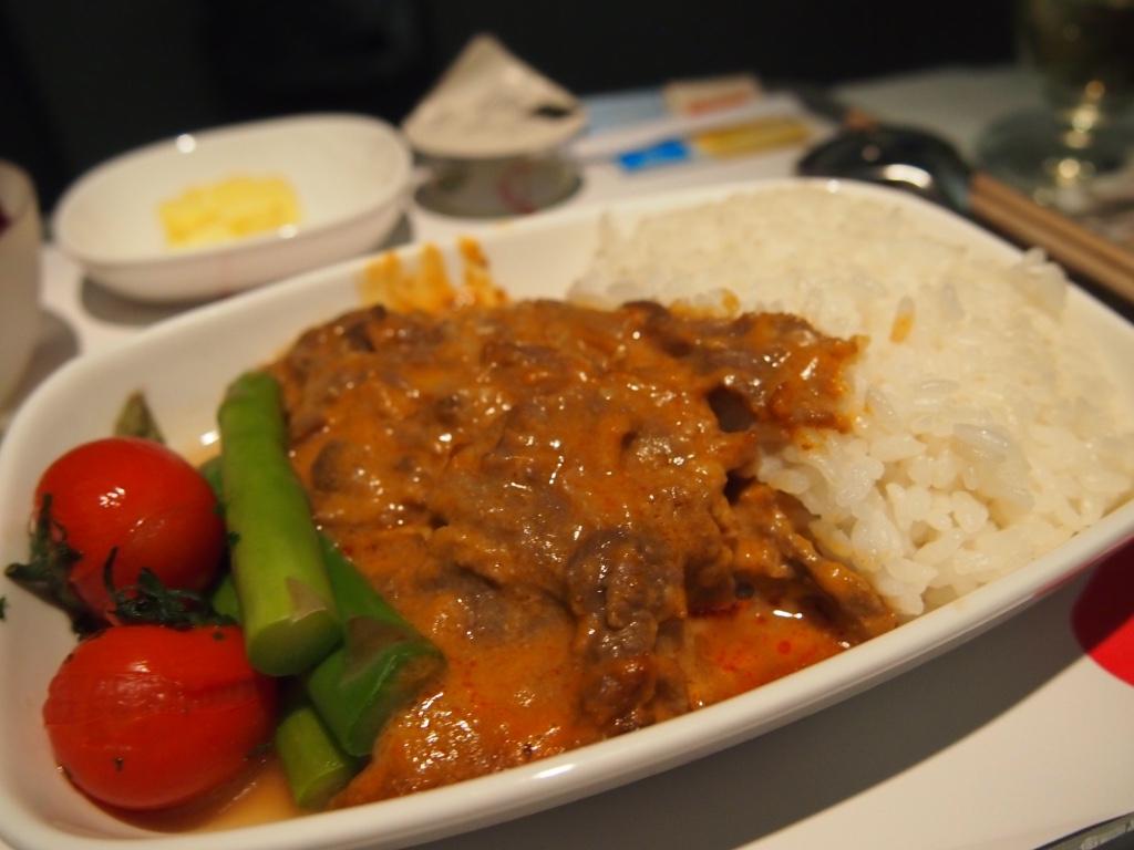 チェコ航空-ビジネスクラス-機内食-メイン