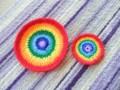 虹を編んでみました