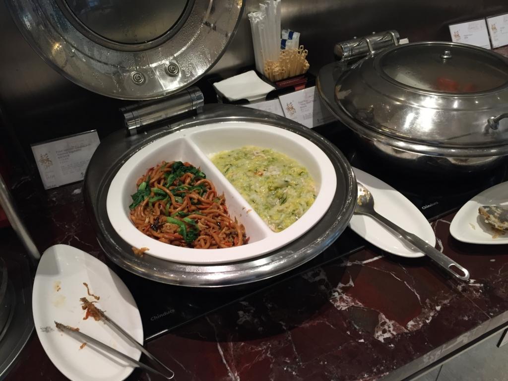 上海 国内線 ラウンジ 青椒肉絲