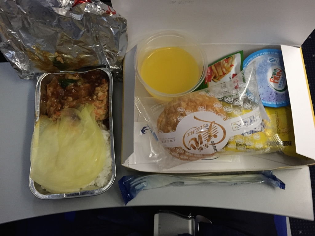 上海-張家界 中国東方航空 MU5375便 機内食