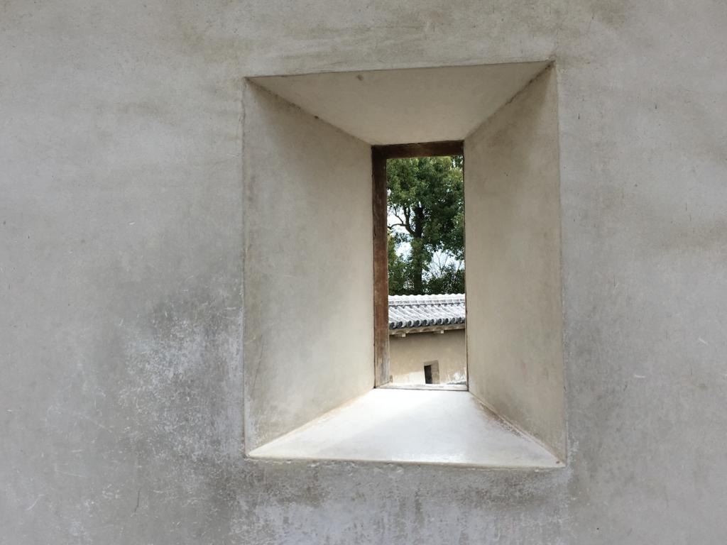 姫路城 壁 さま 内側