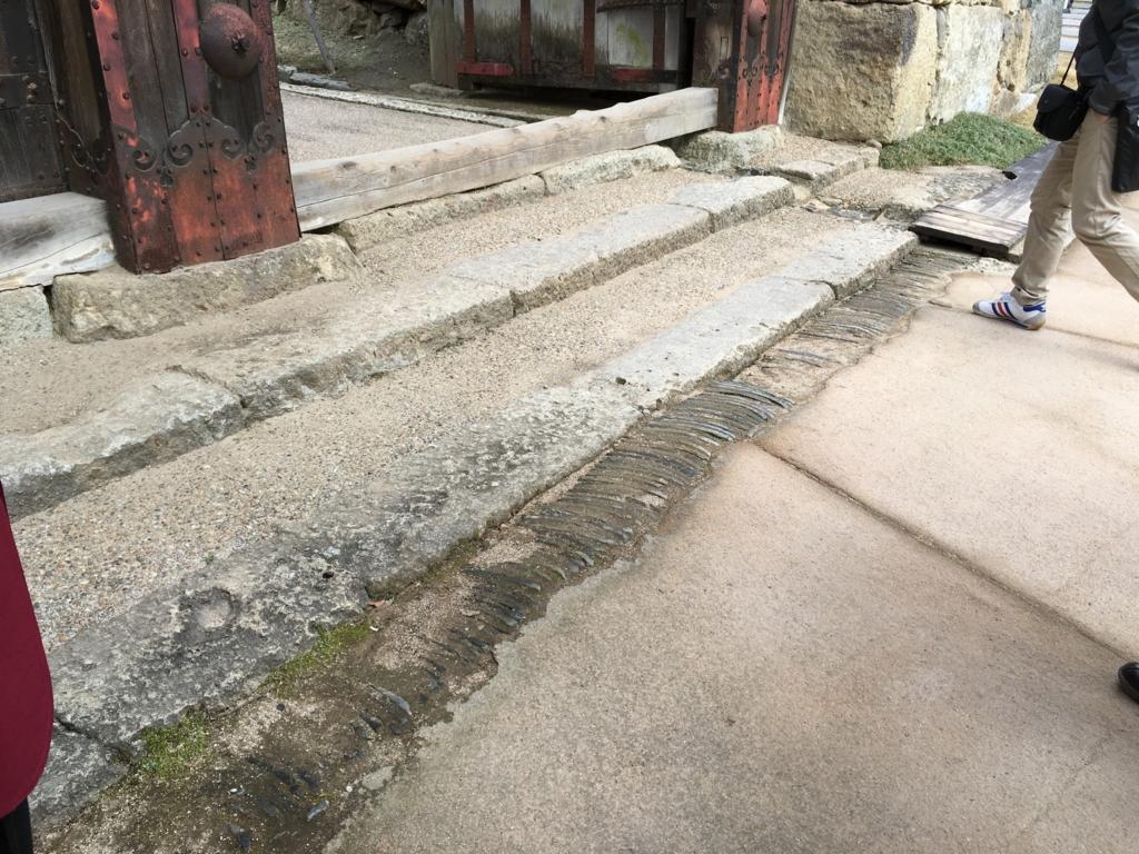 姫路城 雨水 対策 瓦