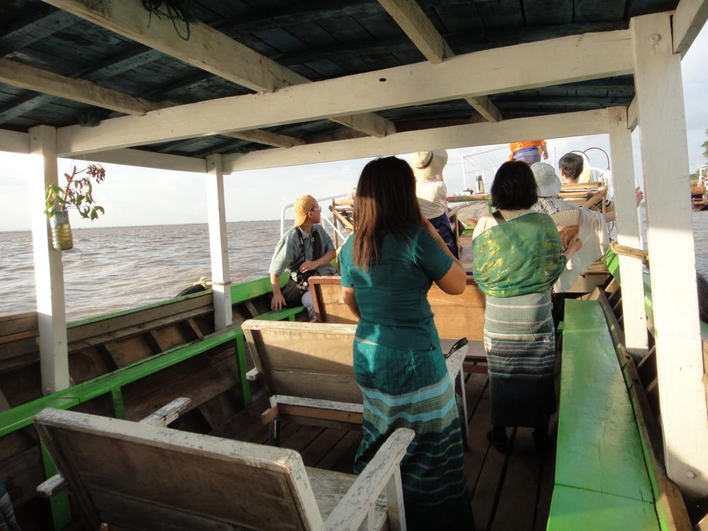 ミャンマー バガン クルーズ 乗船したボート