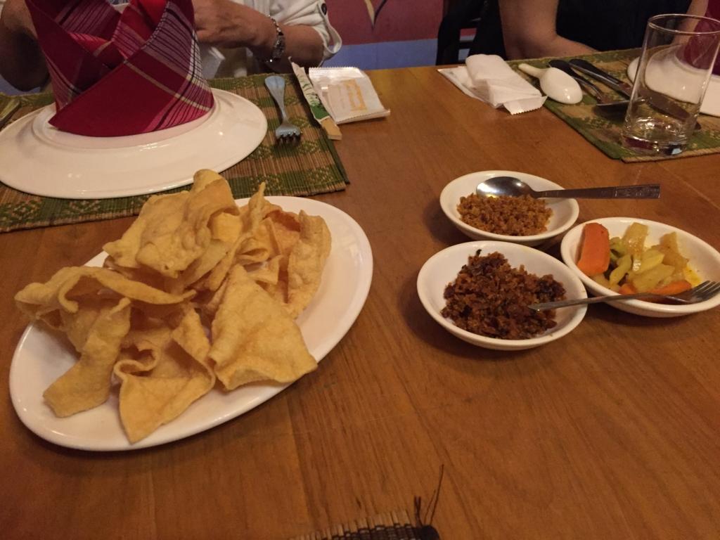 ミャンマー ヤンゴン Padonmar Shan Tofu Cracker