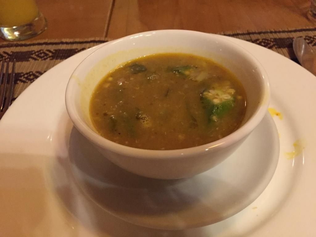 ミャンマー ヤンゴン Padonmar ひよこ豆の野菜スープ