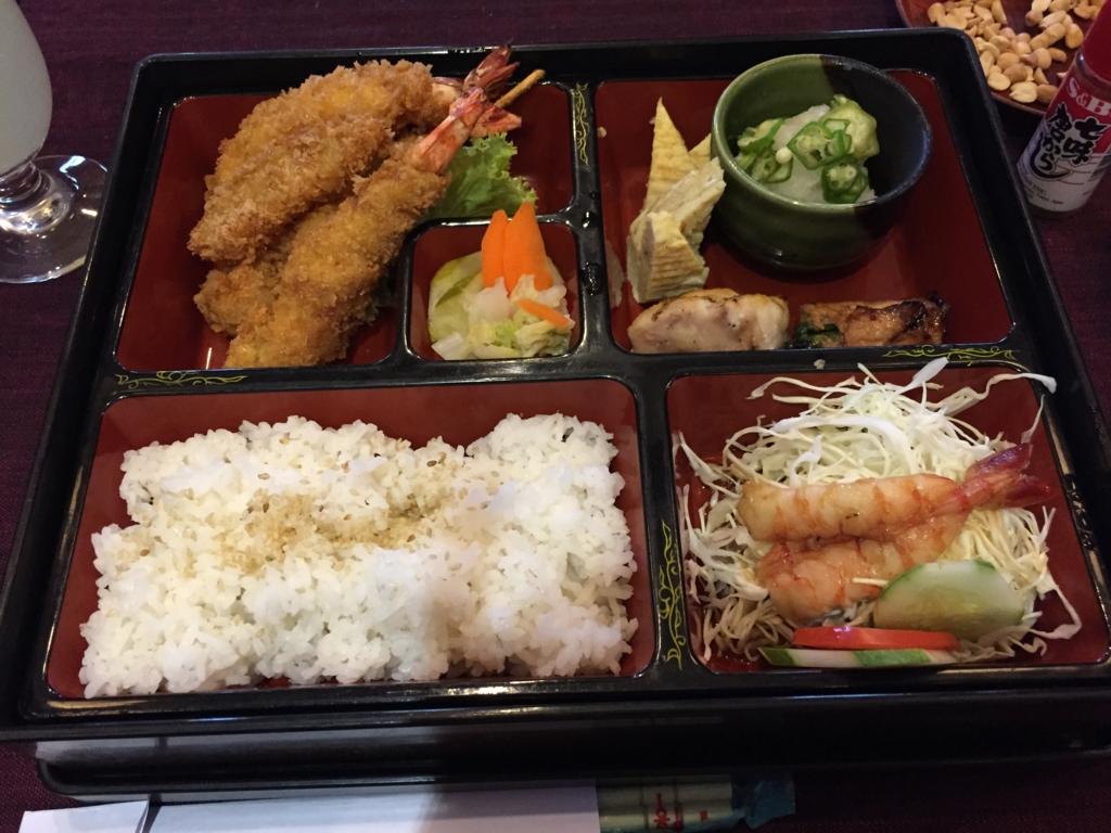 ミャンマー ヤンゴン 日本料理レストラン ふるさと 弁当