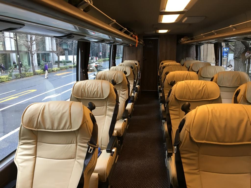 クラブツーリズム 最上級バス 「新型海号」 内観