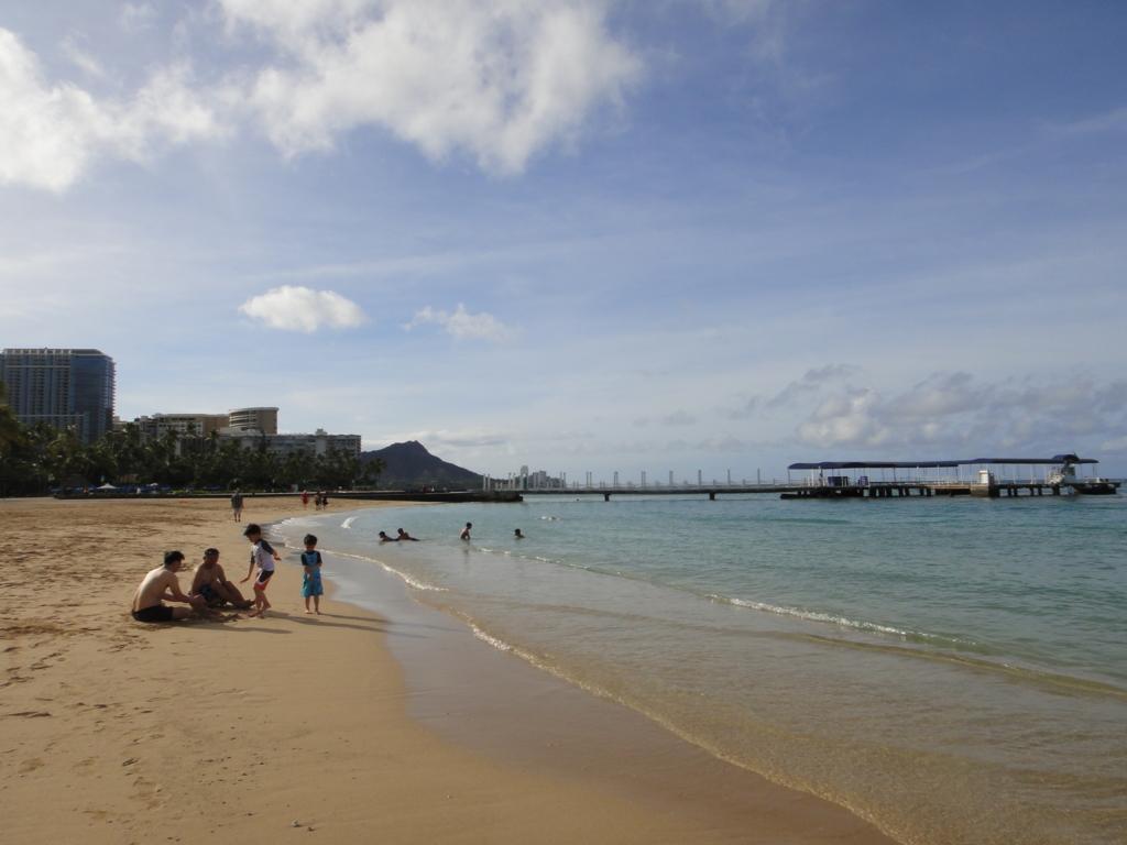ハワイ オアフ島 ヒルトン・ハワイアン・ビレッジ・ワイキキ ビーチ 桟橋