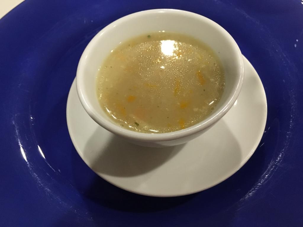 グアテマラ フローレス ホテル カソナ デル 夕食 スープ