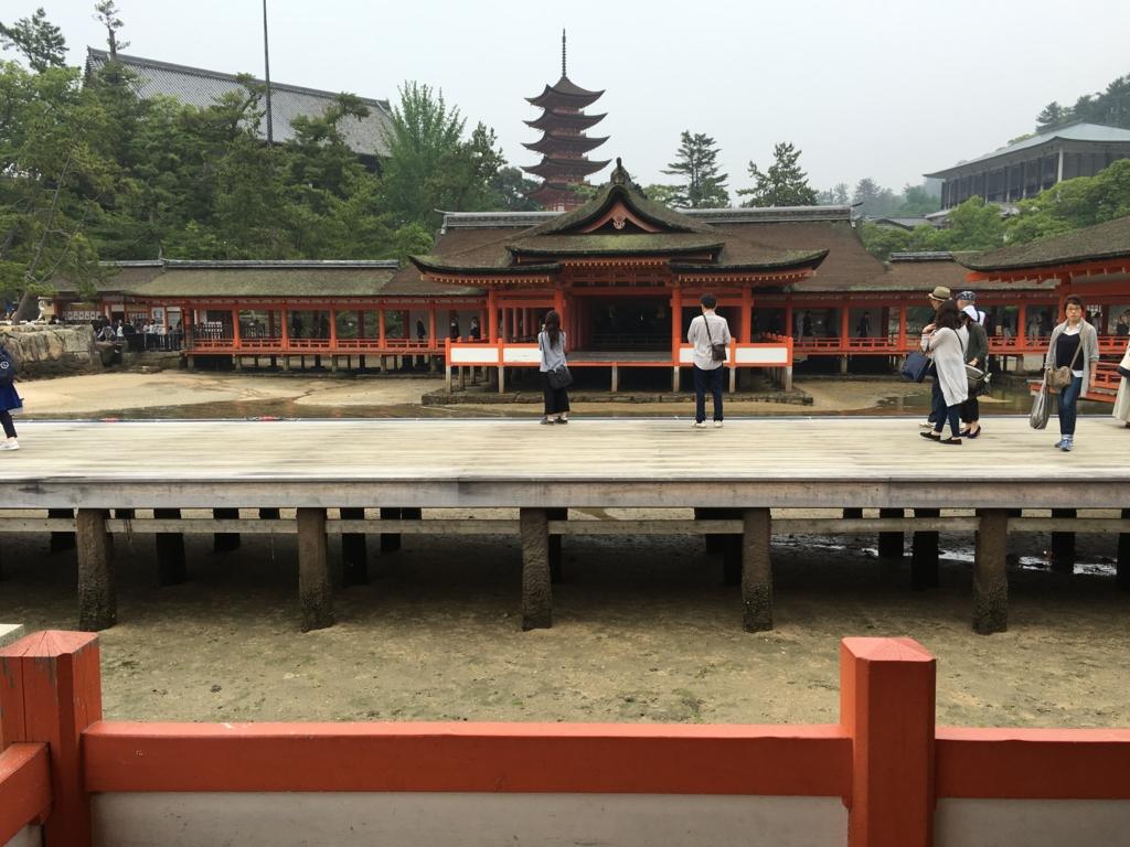 厳島神社 平舞台